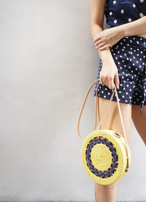 B1710Rolling Yellow Sling Bag